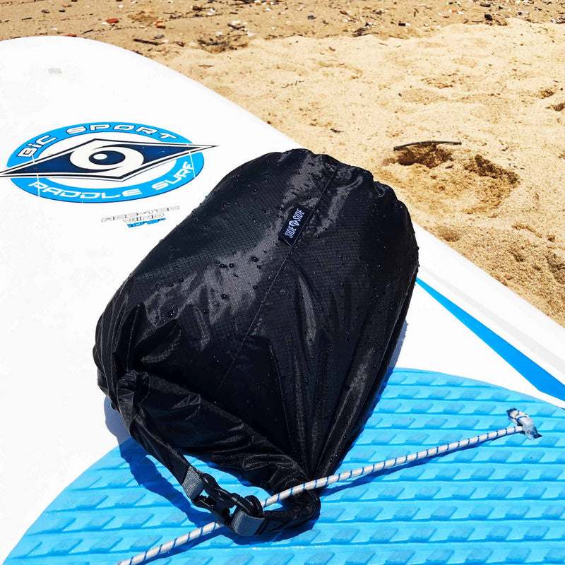 Dry Bag 10L – Durable, Sturdy & Compact Dry Bag full and leak-proof in use