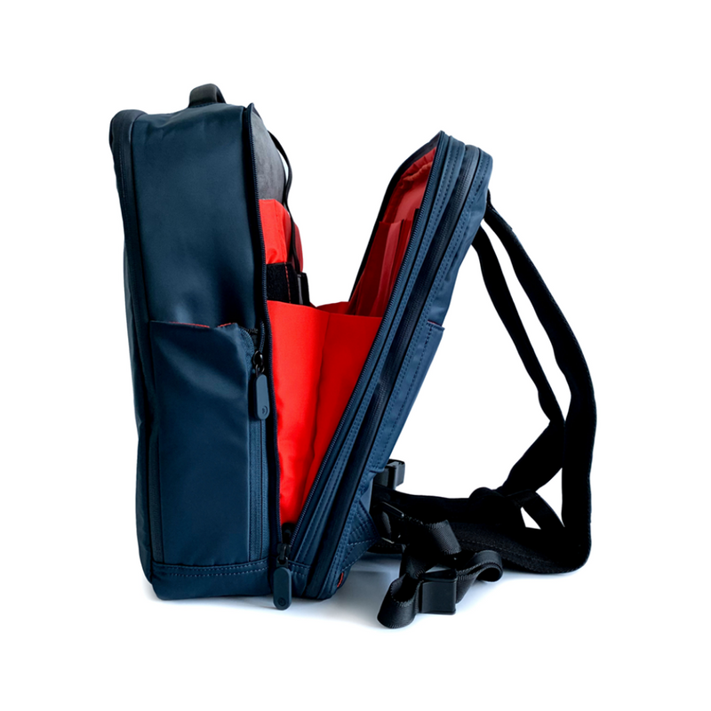Quiver X Multifunctional Bag
