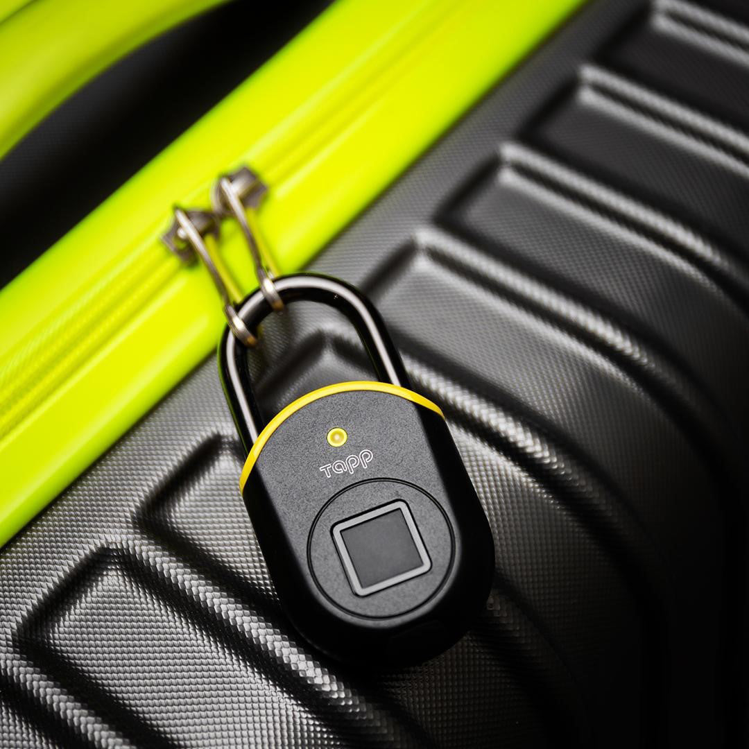 TAPPLOCK LITE use to lock your luggage