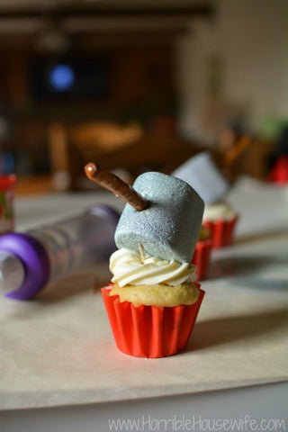thor hammer cupcakes