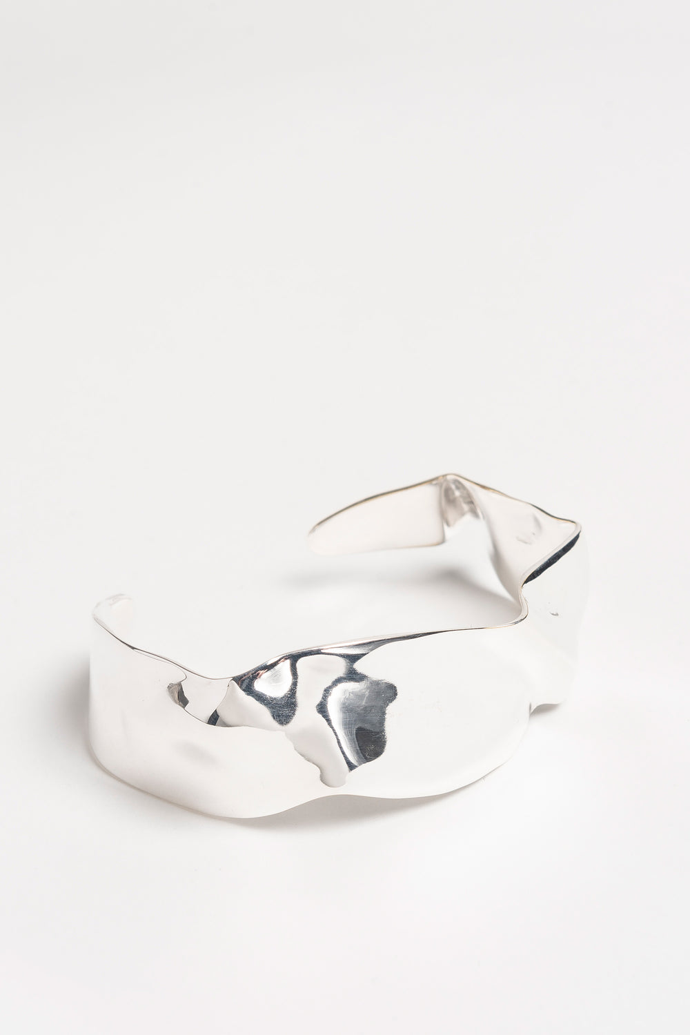 Cuff Of Folded Metal S Silber by Cornelia Webb