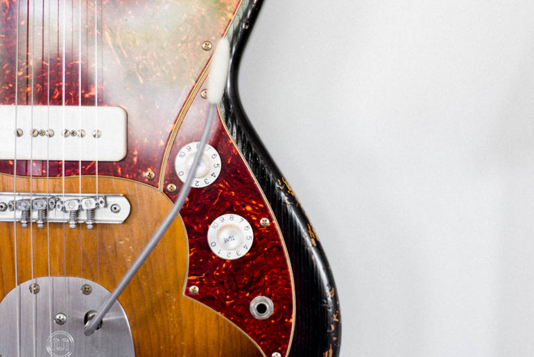 Featured photo for Legendary Guitar Builder Dennis Fano Brings Novo Guitars to Nashville