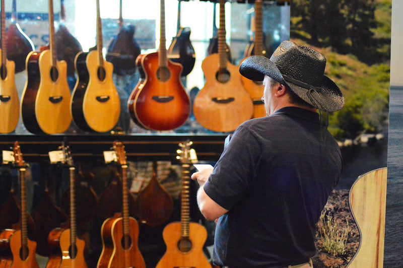 NAMM-Acoustic-Shopping
