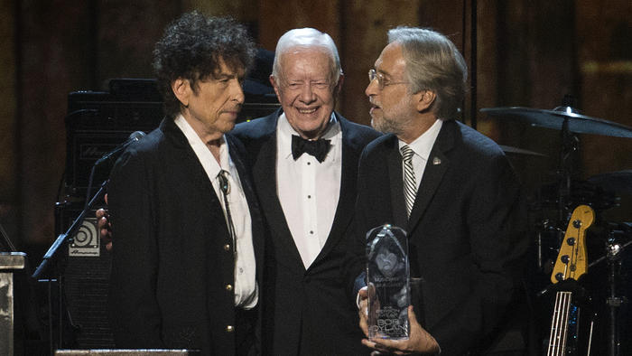 Bob Dylan with Jimmy Carter in 2015