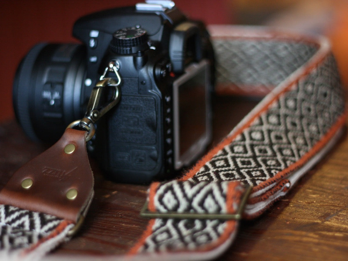 The Peruvian Camera Strap in Chet Atkins