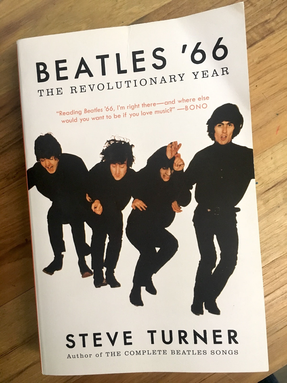 Paperback cover of Beatles '66: The Revolutionary Year by Steve Turner