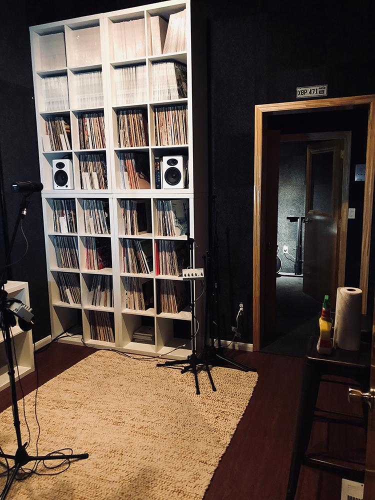 The live room at Leesta Vall Sound Recordings