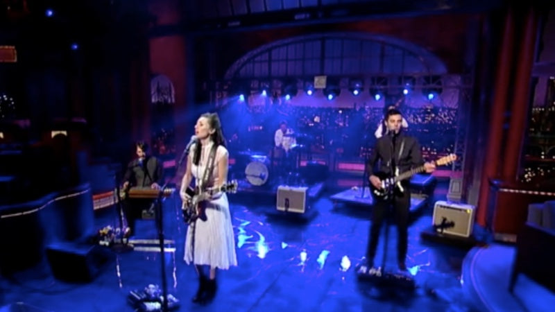 Lera Lynn performs on Letterman. Her guitarist, Ben Lewis, wore a leather guitar strap by Original Fuzz