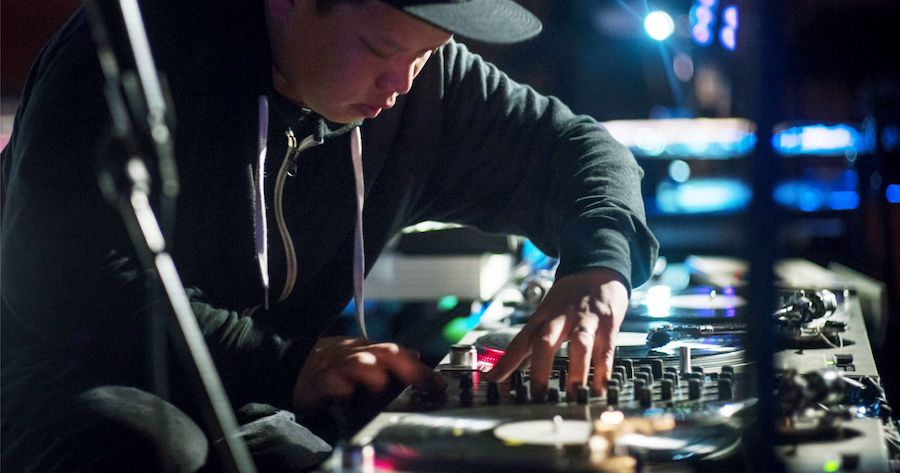 Kid Koala deejays in Nashville.