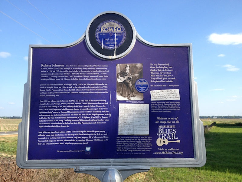 Biographical information about Robert Johnson on the Mississippi Blues trail marker