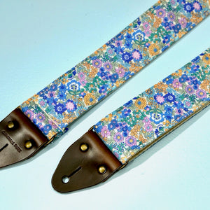 Floral Guitar Strap in Carnaby Street Product detail photo 0