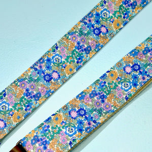 Floral Guitar Strap in Carnaby Street Product detail photo 3