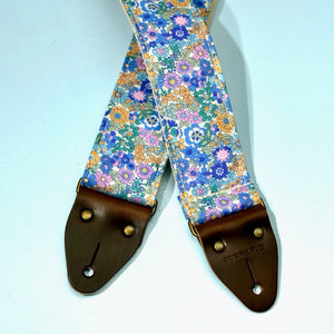 Floral Guitar Strap in Carnaby Street Product detail photo 6