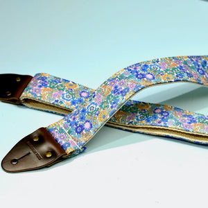 Floral Guitar Strap in Carnaby Street Product detail photo 5