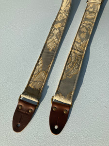 Reclaimed Skinny Guitar Strap in Simons Street Product detail photo 0