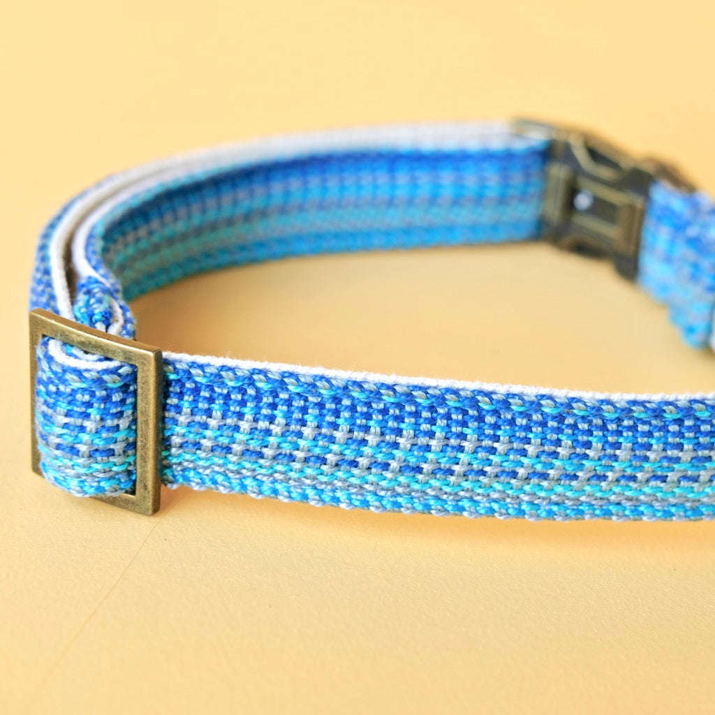 Large Handwoven Dog Collar in Deep Blue / Light Blue / Gray