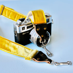Skinny Velvet Camera Strap in Williamsburg Product detail photo 2