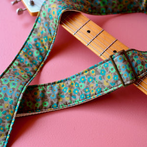 Floral Guitar Strap in Tittenhurst Product detail photo 2