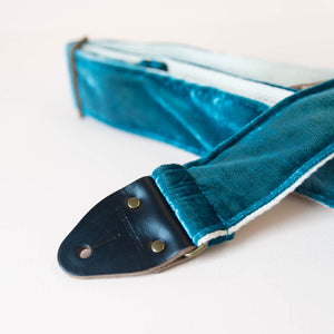 Velvet Guitar Strap in SoHo Product detail photo 3