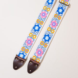 Vintage Guitar Strap in Fryemont Street Product detail photo 3