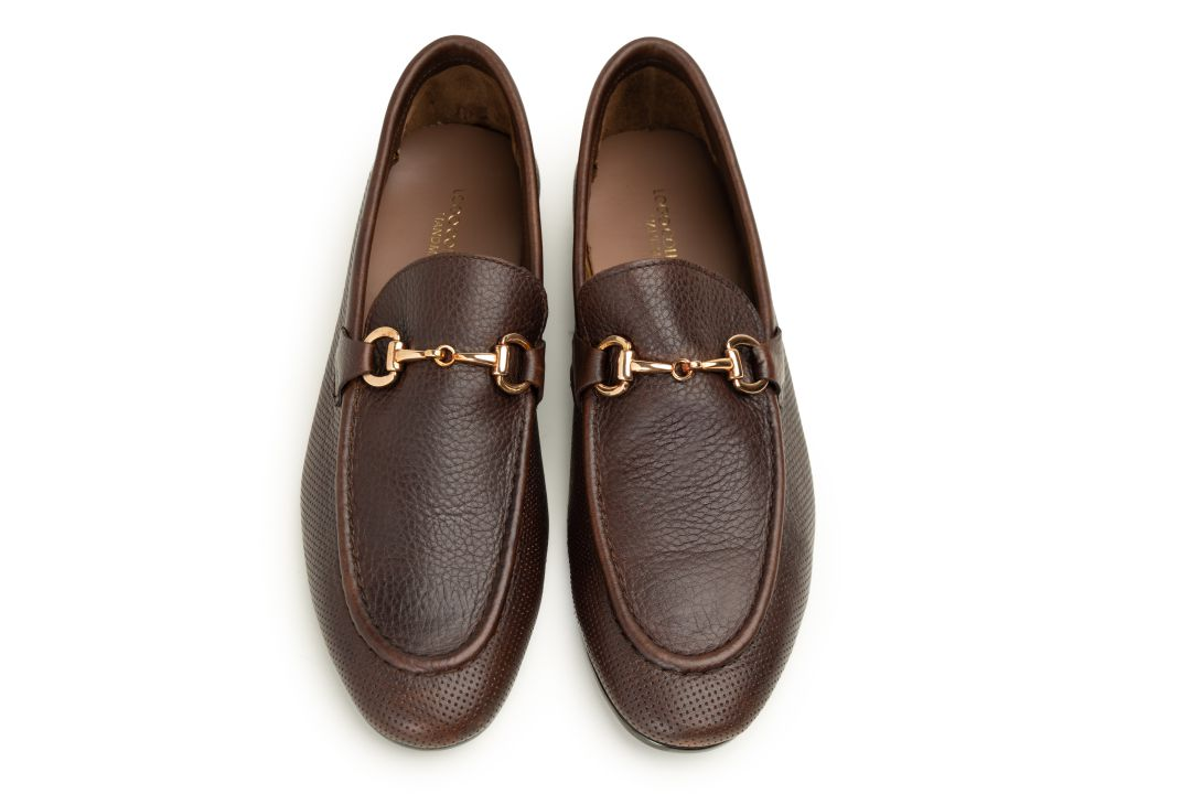 LOGO 9104 BROWN