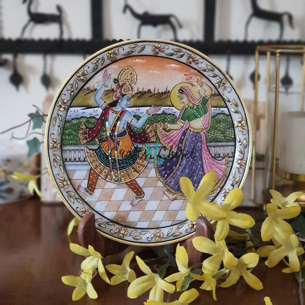 "Lord Radha Krishna Gold leaf 9"" Marble Round Plate - Home Decor, Table Decor-Crafts N Chisel India - Indian Handicrafts Home Decor"