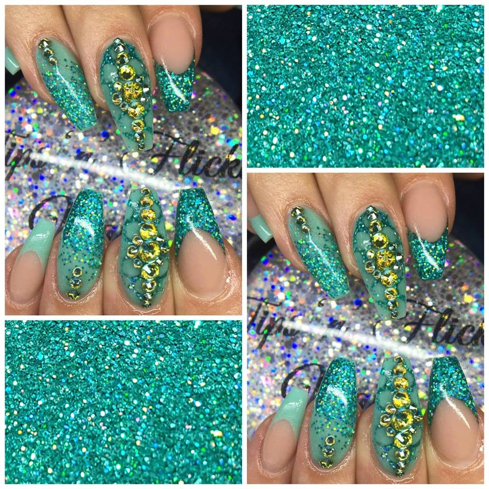 .008 HOLOGRAPHIC LIGHT AQUA