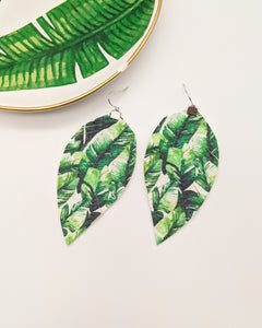 Green Palm Leaf Print Fringe Feather Earrings