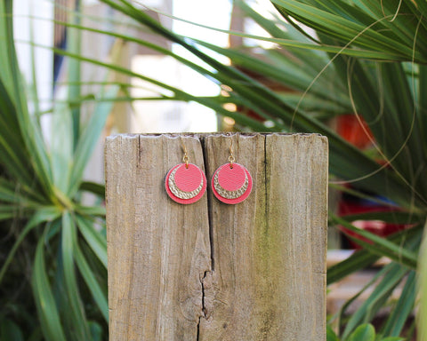 "Coral & Gold Layered Disc Earrings (1"")"