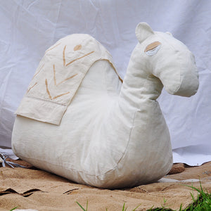 L U K A | Camel shaped large floor cushion