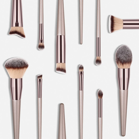 Wooden Eyebrow Eyeshadow Brush