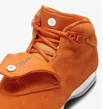 Carregar imagem no visualizador da galeria, Jordan 18 Retro Campfire Orange - Just_4Kicks