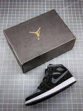 Load image into Gallery viewer, Air Jordan 1 Mid