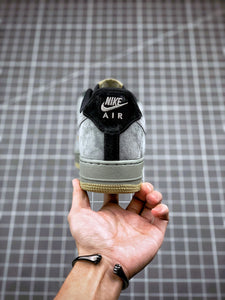 Nike Air Force 1` 07