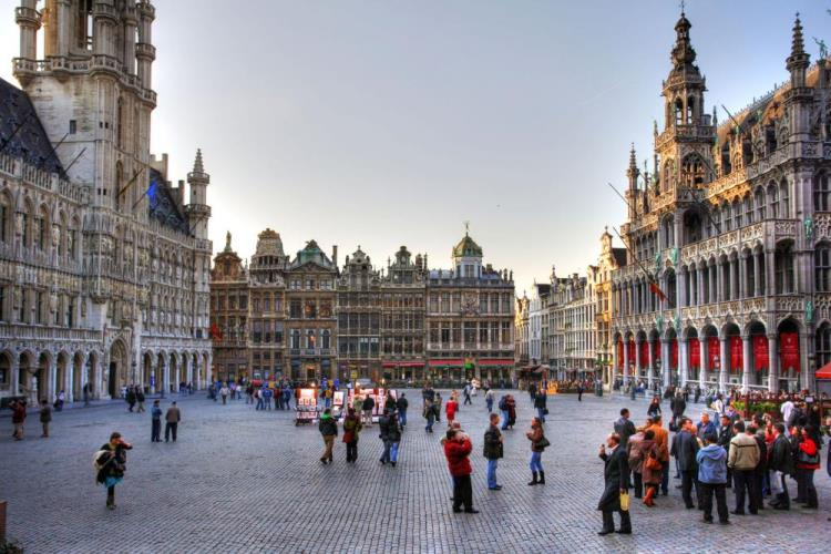 Belgium - wine market is structured on regional and linguistic grounds