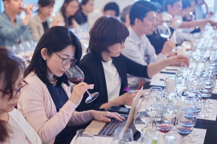 Tokyo - Wine consumers contrasts with English-speaking countries