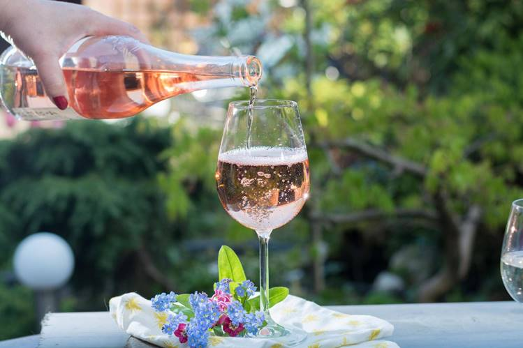 UK - 15% of the Brits drink rosé wine