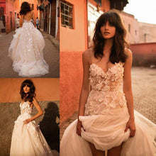 Load image into Gallery viewer, Princess Wedding Dress Sweetheart Appliqued with Flowers A-Line Tulle Backless Boho Wedding Gown - PrintiLya