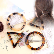 Load image into Gallery viewer, Women's Fashion Hair Accessorie Geometric Triangle Ink Leopard Hairpin Hair Clips Hair Accessories Luxury Hair Accessorie - PrintiLya