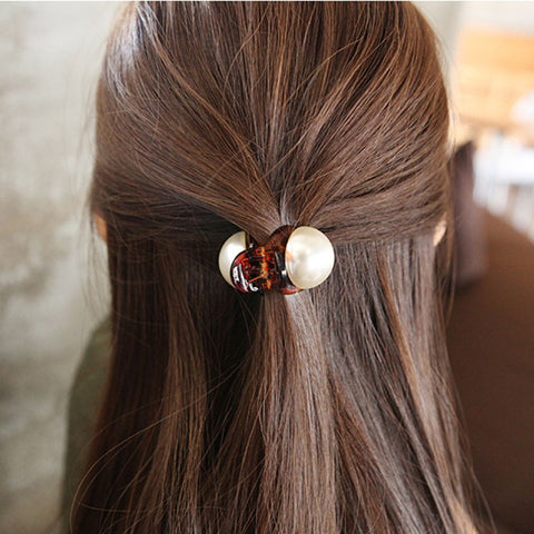 New Hot 1PC Fashion Girls Pearl Hairpins Gifts Mini Hair Claw Vintage Retro Hair Clips Hair Styling Tools - PrintiLya
