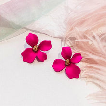 Load image into Gallery viewer, 2019 New Korean Style Resin Flower Exaggeration Stud Earrings For Girls Women Elegant Party Statement Jewelry Accessories Gifts