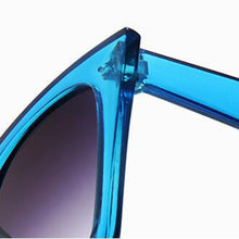 Load image into Gallery viewer, RBROVO 2019 Plastic Vintage Luxury Sunglasses Women Candy Color Lens Glasses Classic Retro Outdoor Travel Lentes De Sol Mujer - PrintiLya