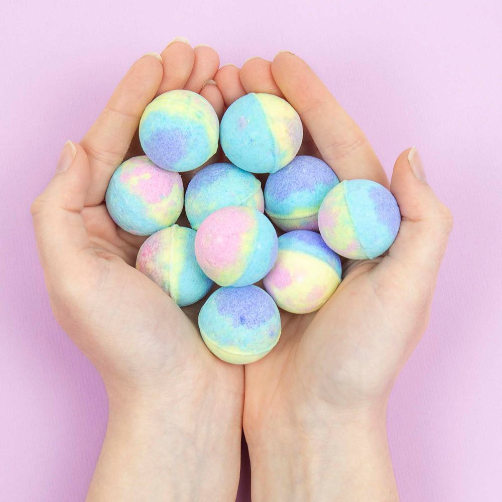 How-to Make Your Own Bath Bombs