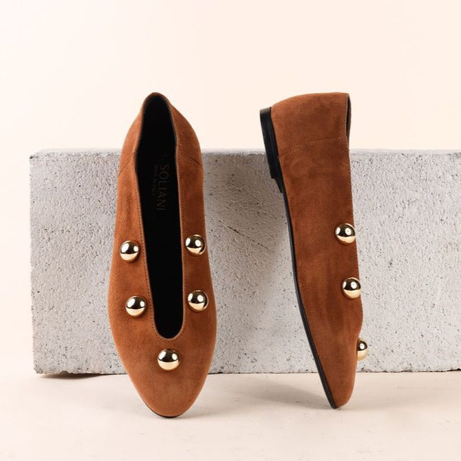 Scala Studded - Amaretto Suede