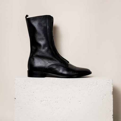 Milano - Black Leather - Shipping EST JAN 23rd