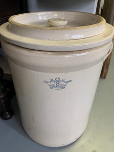 Blue Crown Crock 8 gallon with lid