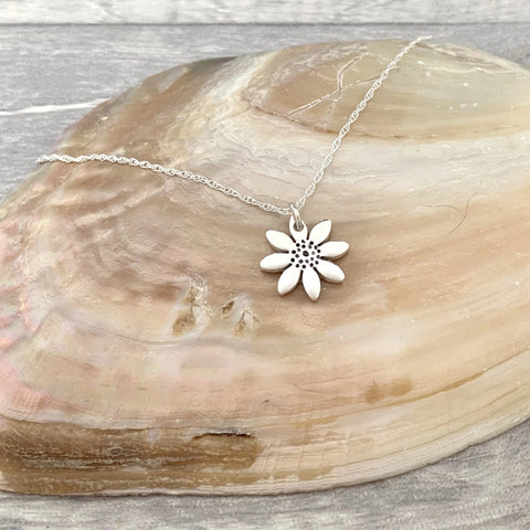 Bridesmaid Daisy Necklace - Silver Magpie Fingerprint Jewellery