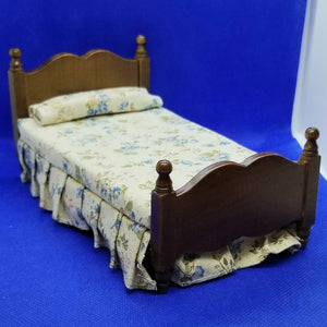 Single Bed - Traditional Blue Flower Fabric Bedcovers - Mahogany Frame - 1/12 Scale Dollhouse Miniature