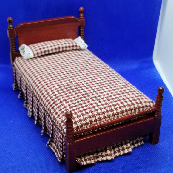 Single Bed - Red and White Check Bedcovers - Mahogany Frame - 1/12 Scale Dollhouse Miniature