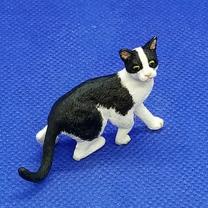 Black and White Cat - 1/12 Scale Miniature - Detailed Painted Resin